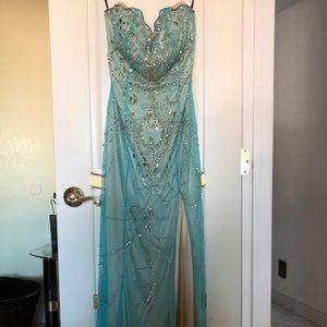 Prom/gala dress